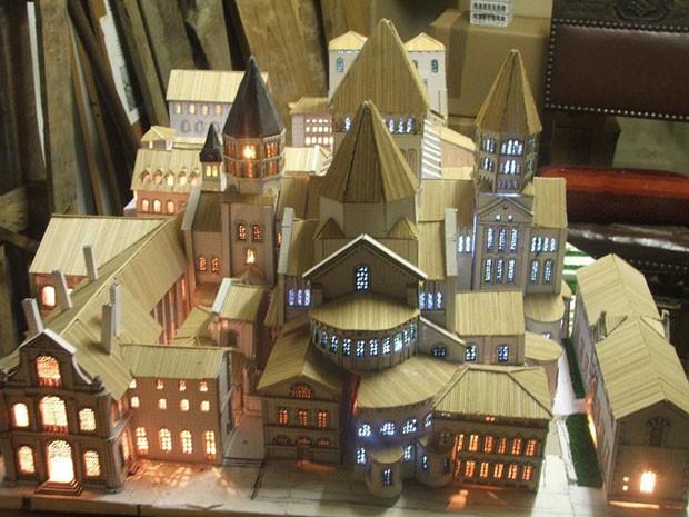 maquette-abbaye-cluny-gerard-pautret-cmn
