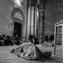 Photos : La figure du gisant